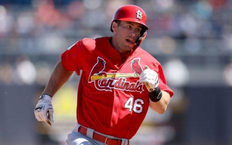 Paul Goldschmidt running the bases.