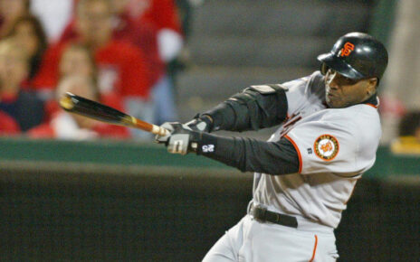 Barry Bonds at-bat for the San Francisco Giants.