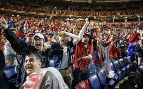 Washington Nationals fans celebrating.