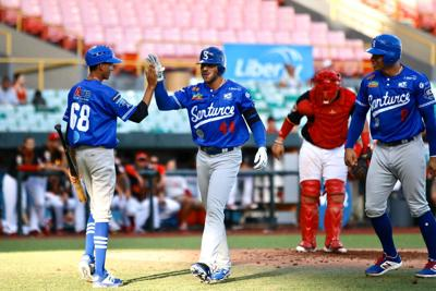 Santurce on their way to winning the LBPRC crown in a nearly empty stadium