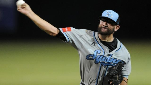 Todd Van Steensel on the mound for the Sydney Blue Sox