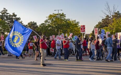 United Auto Workers laborers on strike