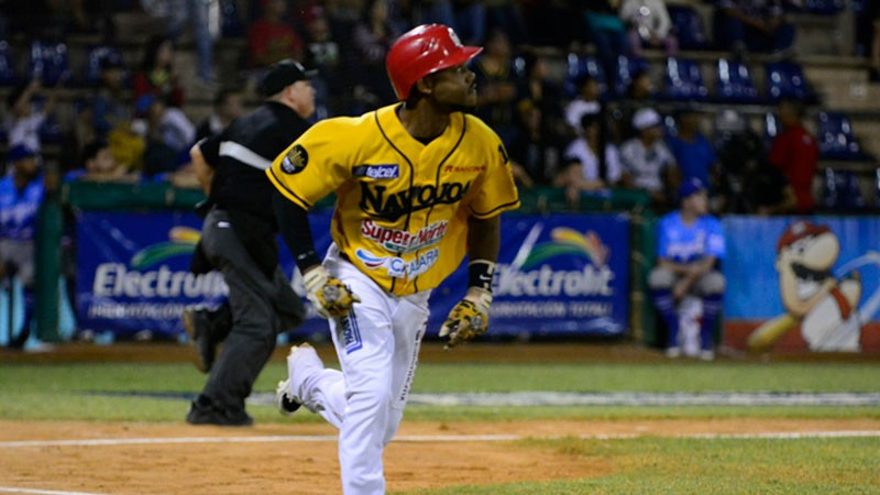 Alonzo Harris with Mayos de Navojoa