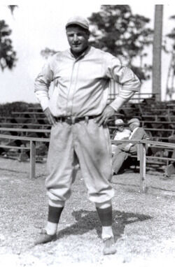 Buzz Arlett posing for a photo, likely, with the Oakland Oaks.
