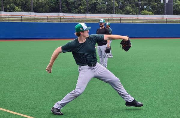 Teddy Stankiewicz practicing with Team Mexico.