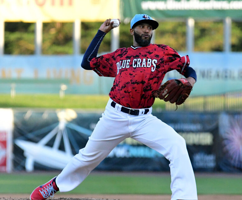 Daryl Thompson with the Southern Maryland Blue Crabs